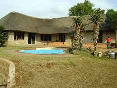 Jozini View Lodge. Self Catering Lodge accommodation close to the Jozini Dam